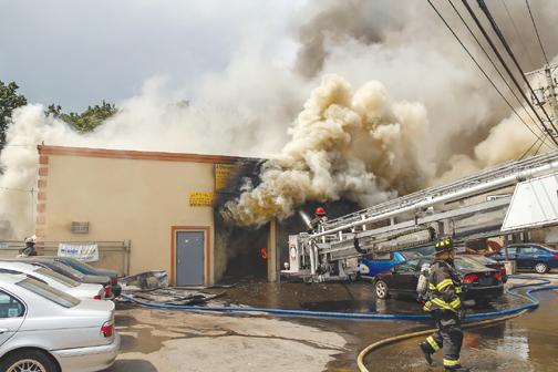 Roosevelt Battles Stubborn Blaze Firenews Com