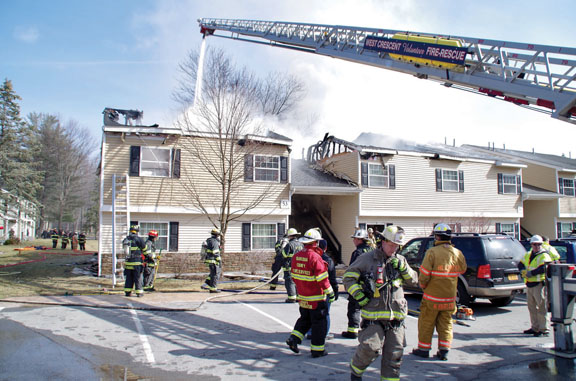 12 Displaced in Clifton Park Fire | FireNews com