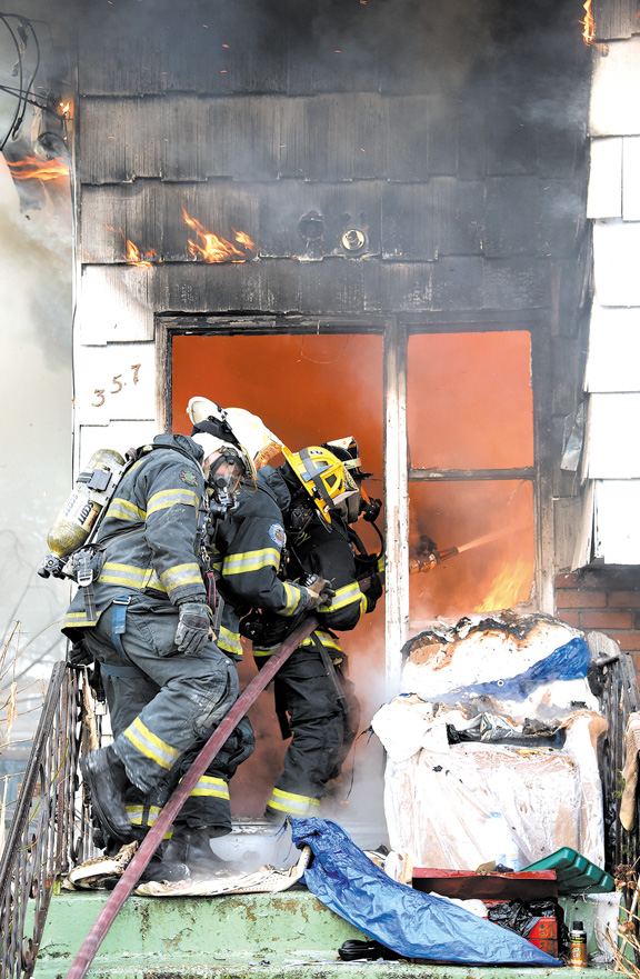 FF Injured in New Cassel Blaze