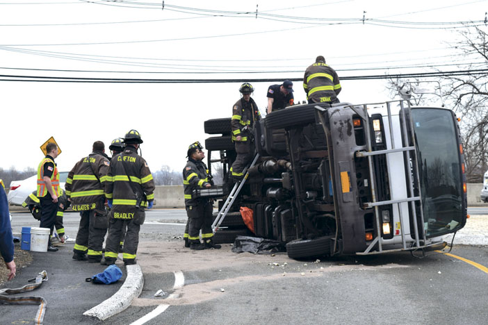 Truck Rollover in Clifton