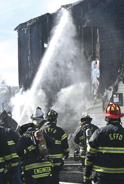 3 FFs Hurt in Farmingdale Blaze