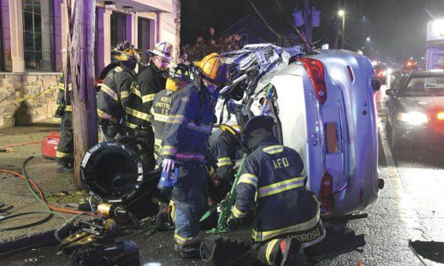 Totals Car, Flees Scene