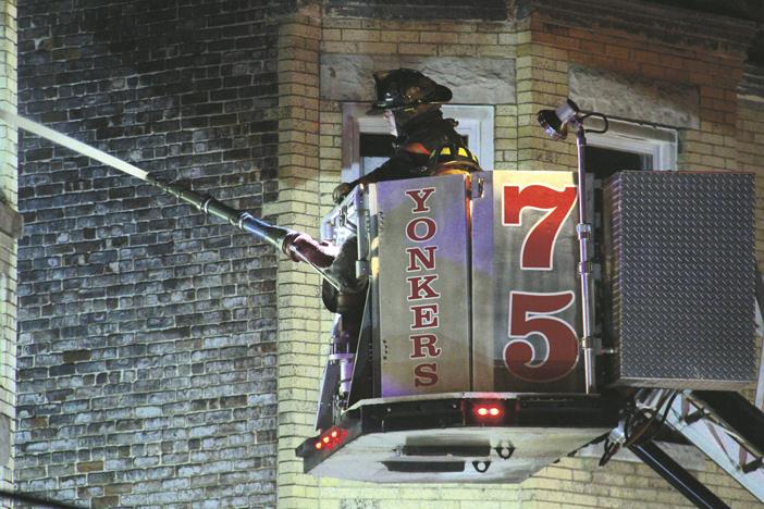 26 FFs Injured at Yonkers 4-Alarmer