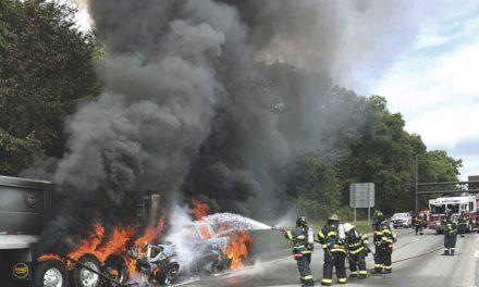 2 Dead in Fiery LIE MVA