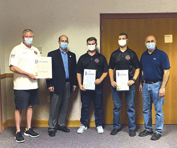 Sunderman Recognizes Heroes Who Saved Child at Beach