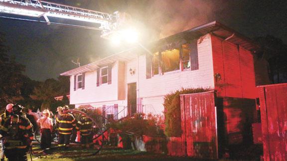 Heavy Fire Showing in Brentwood