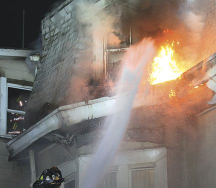 5 Families Displaced, 3 FFs Injured at Yonkers Blaze
