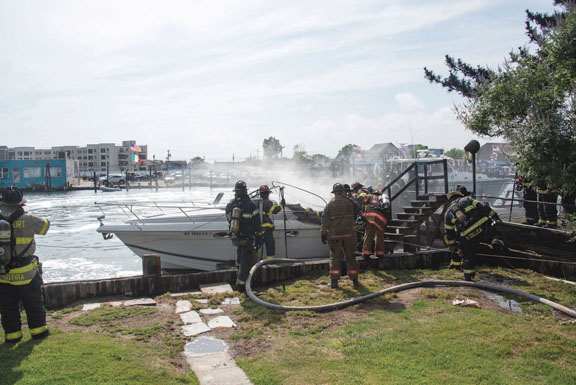 Boat Fire in Freeport