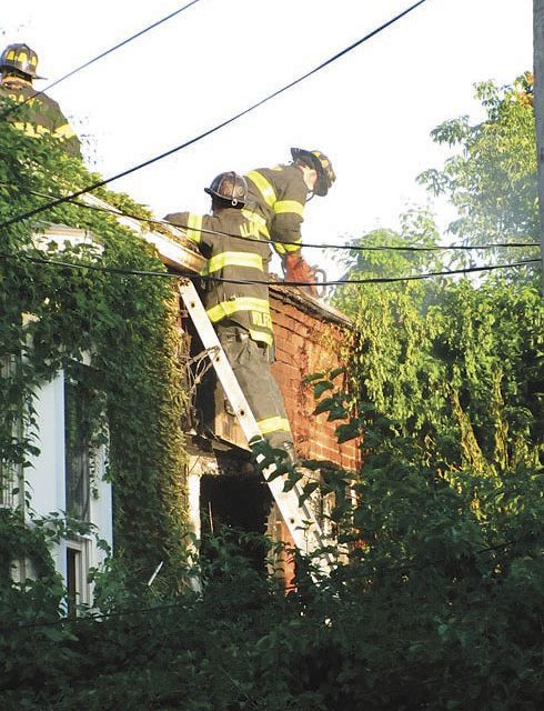 Flames Spread in Albany