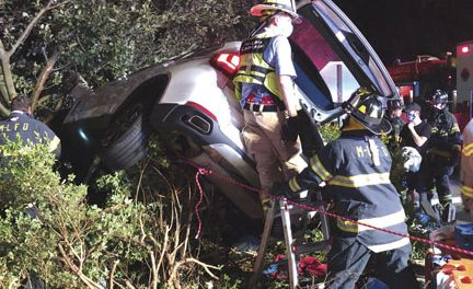 3 Extricated in Lake Success MVA