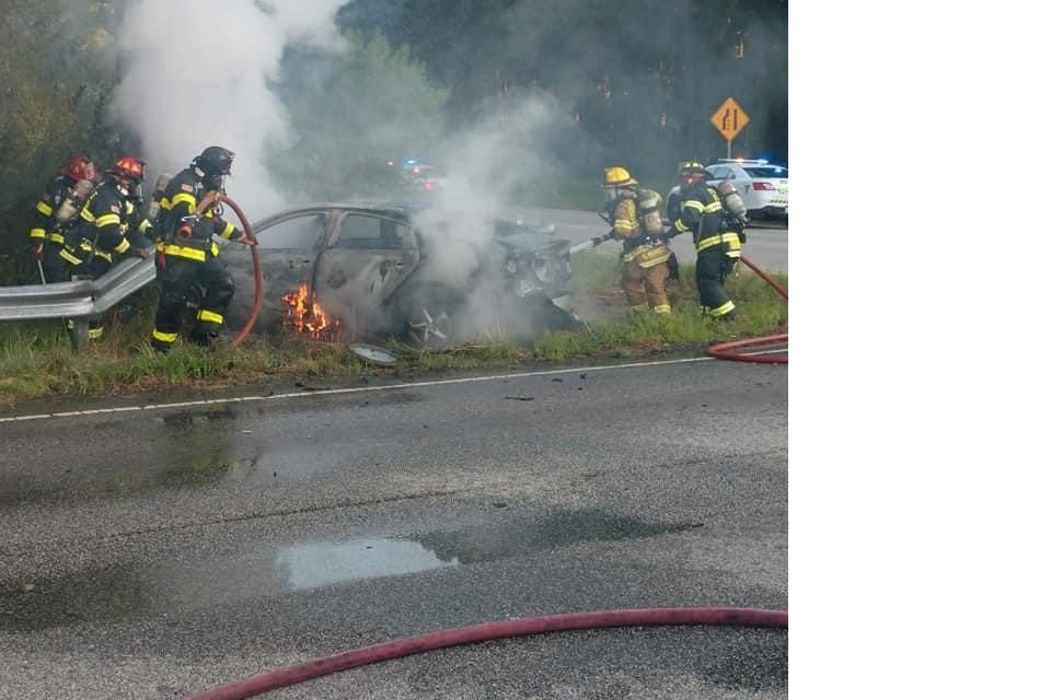 Fort Lee & Prince George FD's tackle car fire