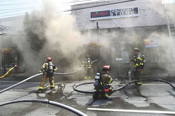 Collapse at Mineola Commercial Fire