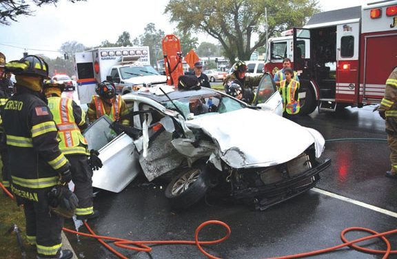 2 Drivers Injured, Baby OK in Jericho