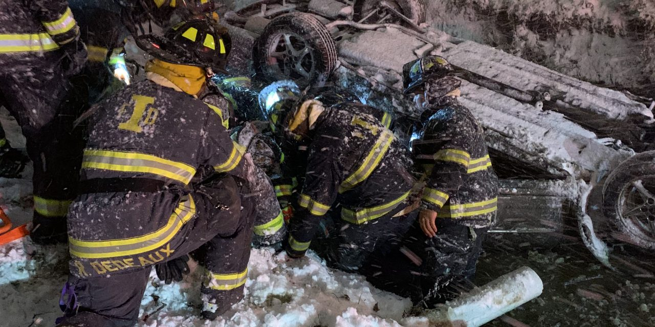 INDIANAPOLIS FIREFIGHTERS ACT FAST DURING COMPLEX EXTRICATION ASSIGNMENT
