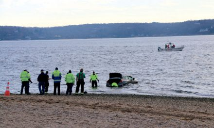 At Least 1 Fatality at Car-in-Water in Lloyd Harbor