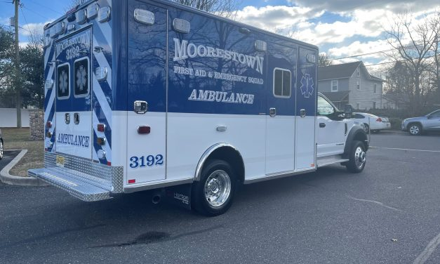 MOORESTOWN FIRST AID & EMERGENCY SQUAD (NJ) TAKES DELIVERY OF A NEW HORTON AMBULANCE