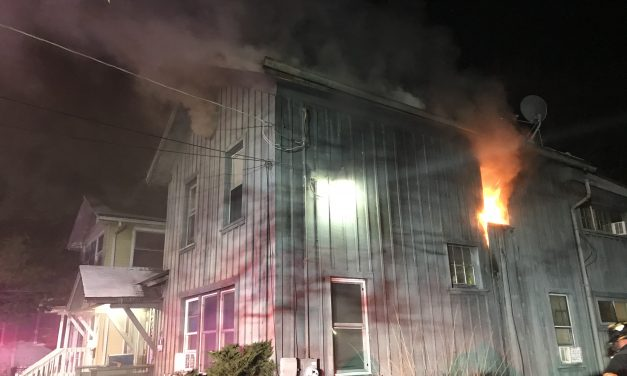 AURORA FIREFIGHTERS (IL) RESPOND TO STRUCTURE FIRE