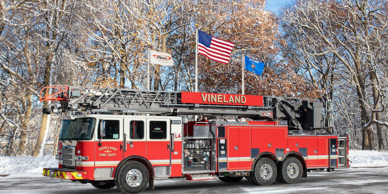 VINELAND (NJ) TAKES DELIVERY OF NEW PIERCE ENGINE