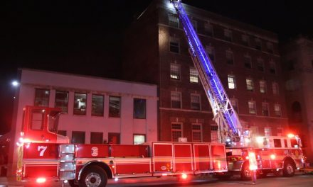 13 RESIDENTS DISPLACED AFTER INDIANAPOLIS APARTMENT FIRE