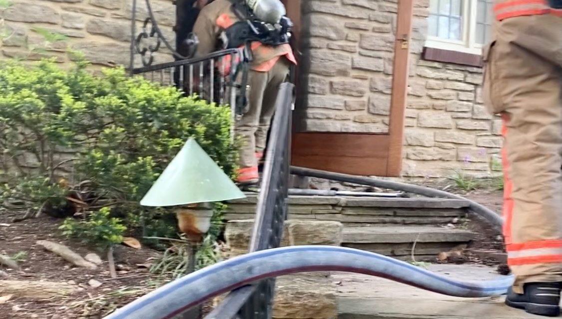 CINCINNATI FIREFIGHTERS WORK 2-ALARM FIRE