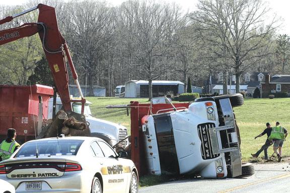 All OK in Log Truck Overturn