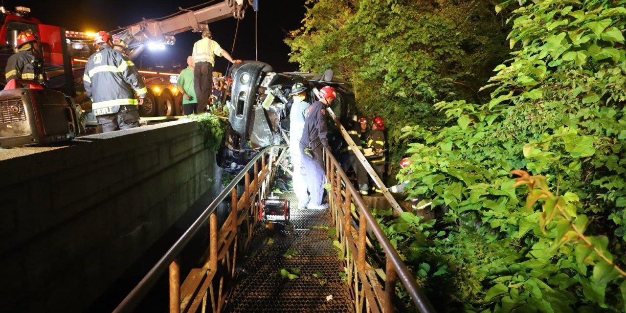 INDIANA CREWS WORK TO EXTRICATE TRAPPED DRIVER IN OVERTURNED TRUCK