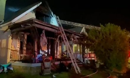 5 FIREFIGHTERS INJURED BATTLING VACANT STRUCTURE FIRE (IN)