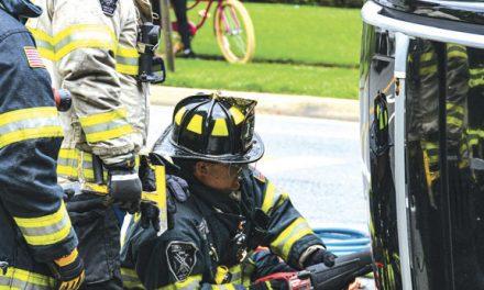 2 Injured in Garden City MVA