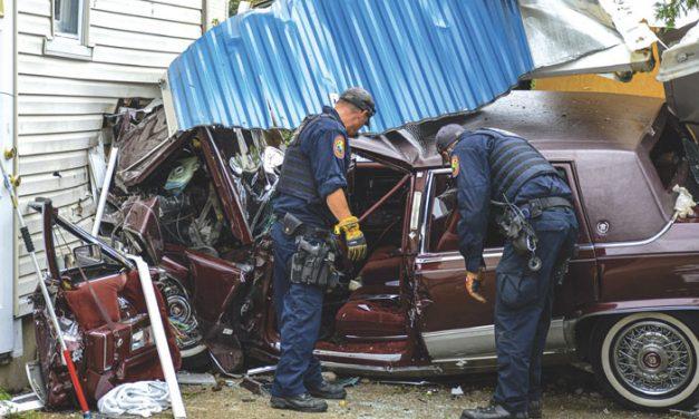 1 Serious in Williston Park Car vs. House