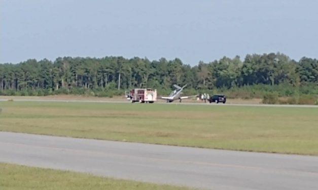 SMALL PLANE MAKES HARD LANDING AT SUFFOLK EXECUTIVE AIRPORT (VA)